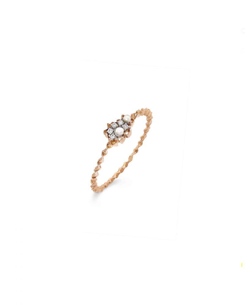 Petite Cluster Pearl Ring